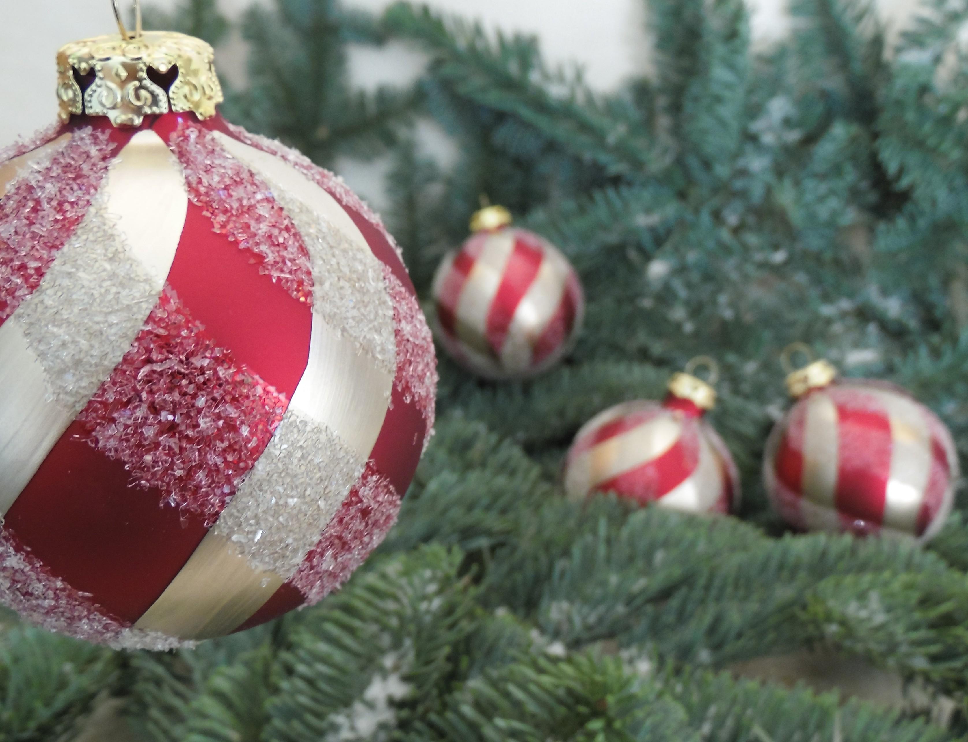 Außergewöhnliche Weihnachtskugeln.Rödentaler Living Glass Zauberhafter Handgefertigter