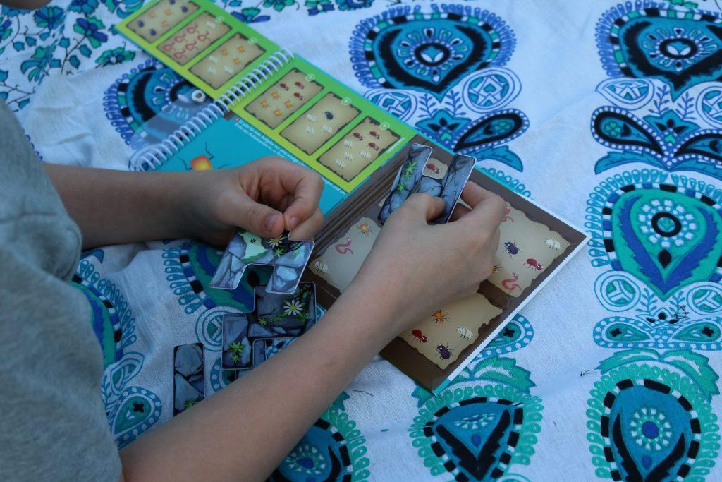 Grosse-Krabbelei-SmartGames-Reisespiel-1