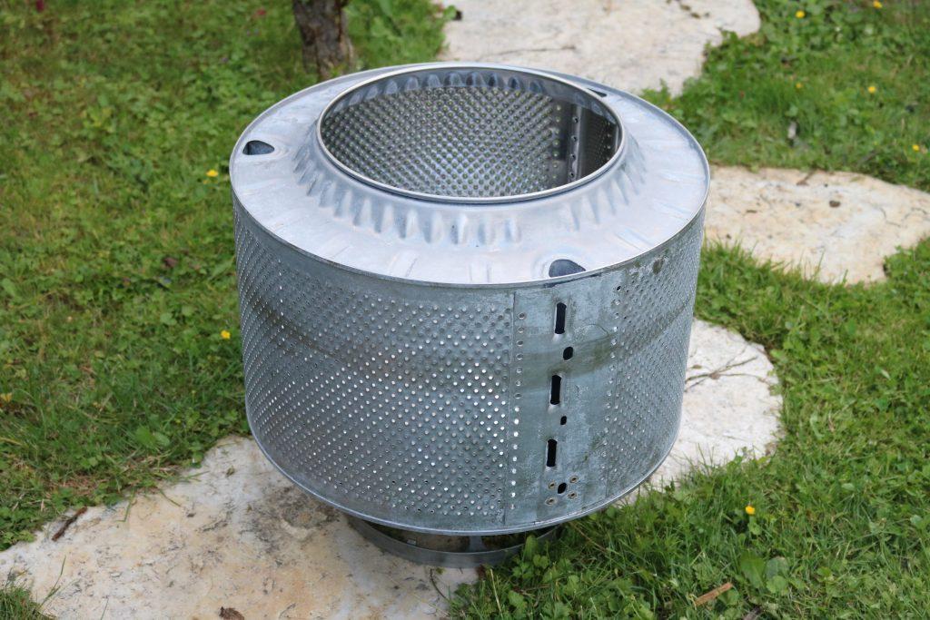 DIY-Feuerstelle-aus-Waschmaschinentrommel-bauen-1