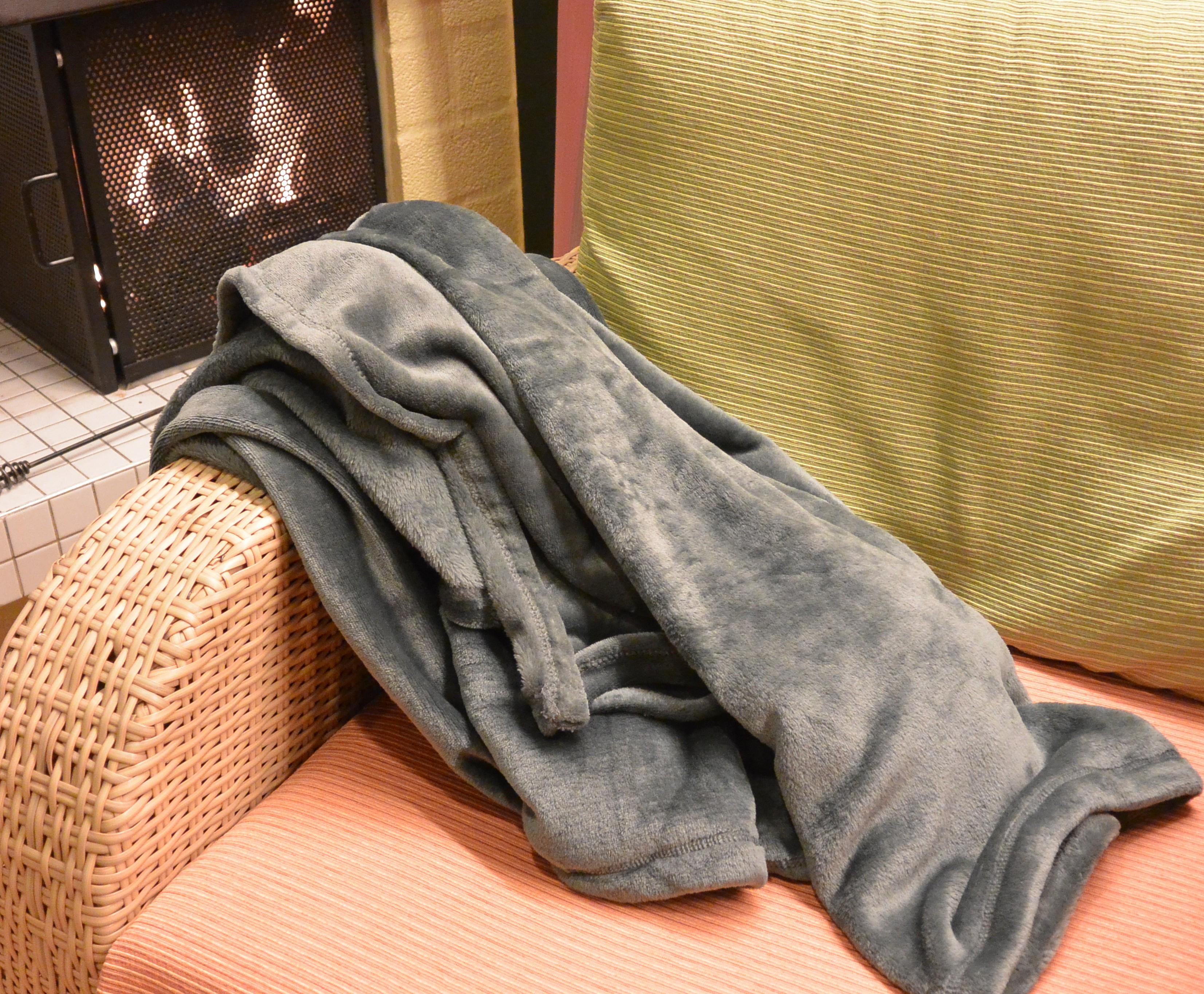 Snuggle Decke Mit ärmeln.Walser Snuggle Kuscheldecke Mit Armeln Und Trotzdem Im Test
