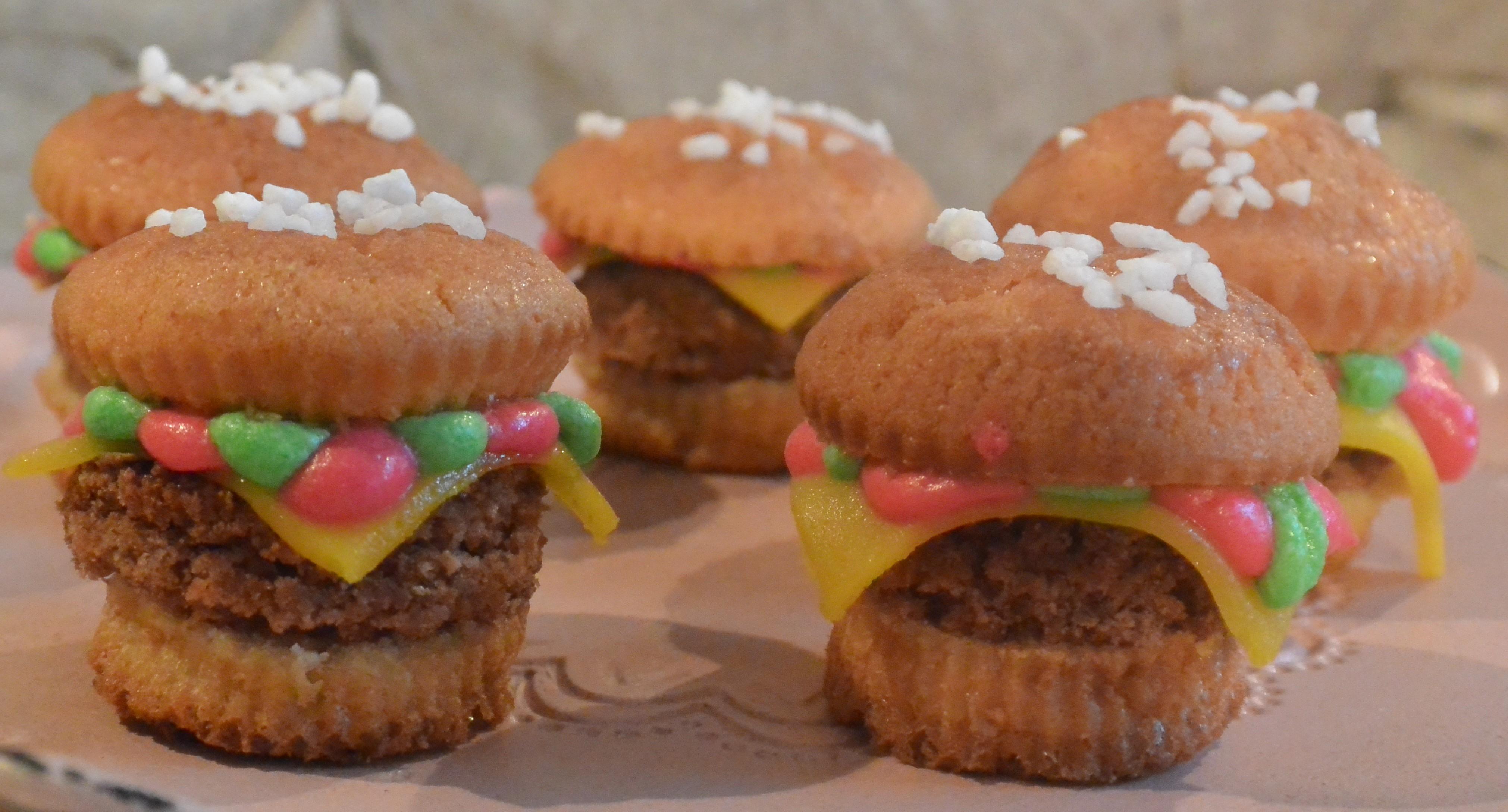 Backen Fur Den Kinder Geburtstag Burger Muffins Food Muffins